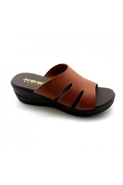 XES Ladies BSLM60615 Slip-on Comfort Sandals (Black, Camel)